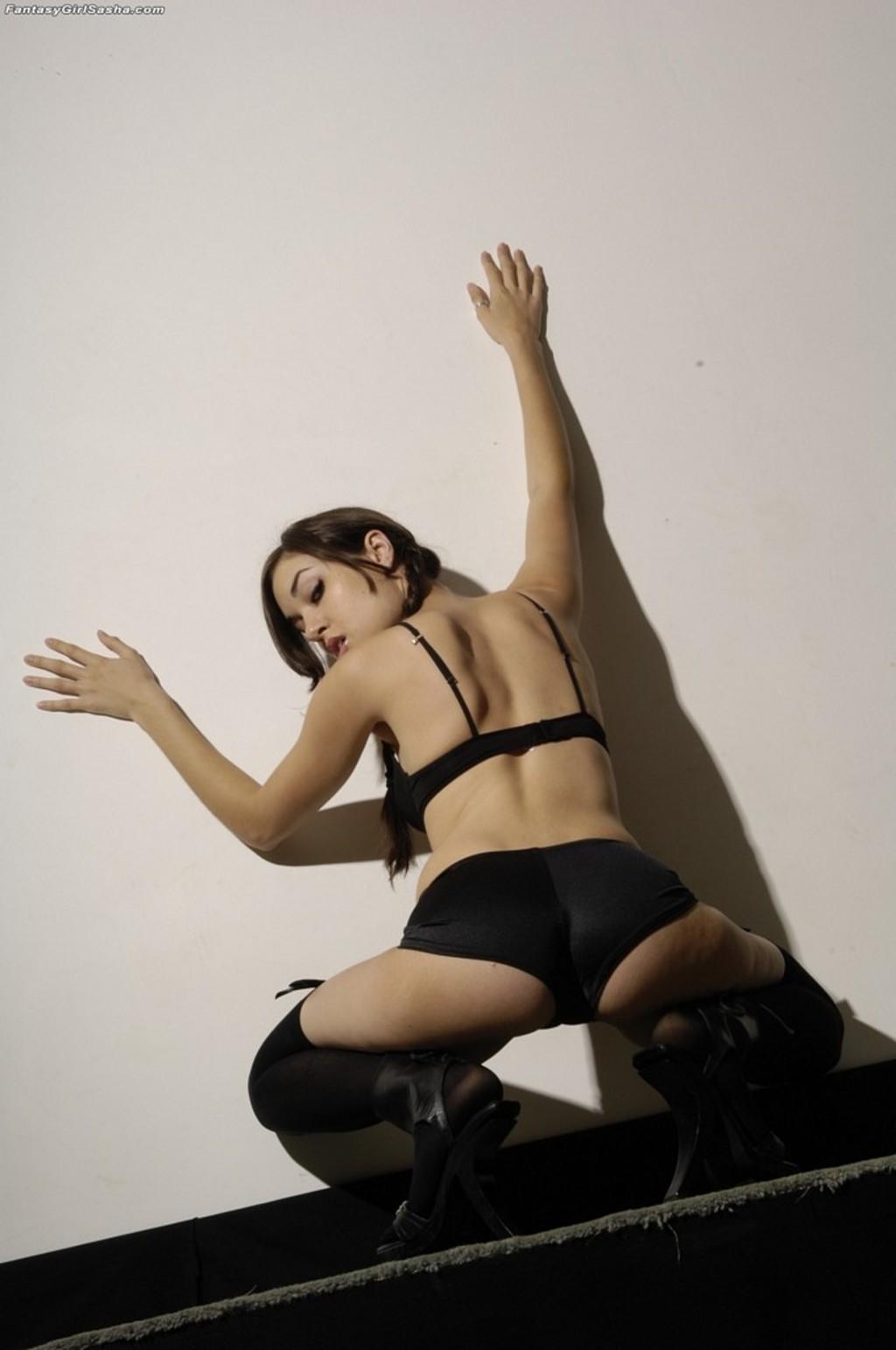 Саша грей мастурбировает 16 фотография