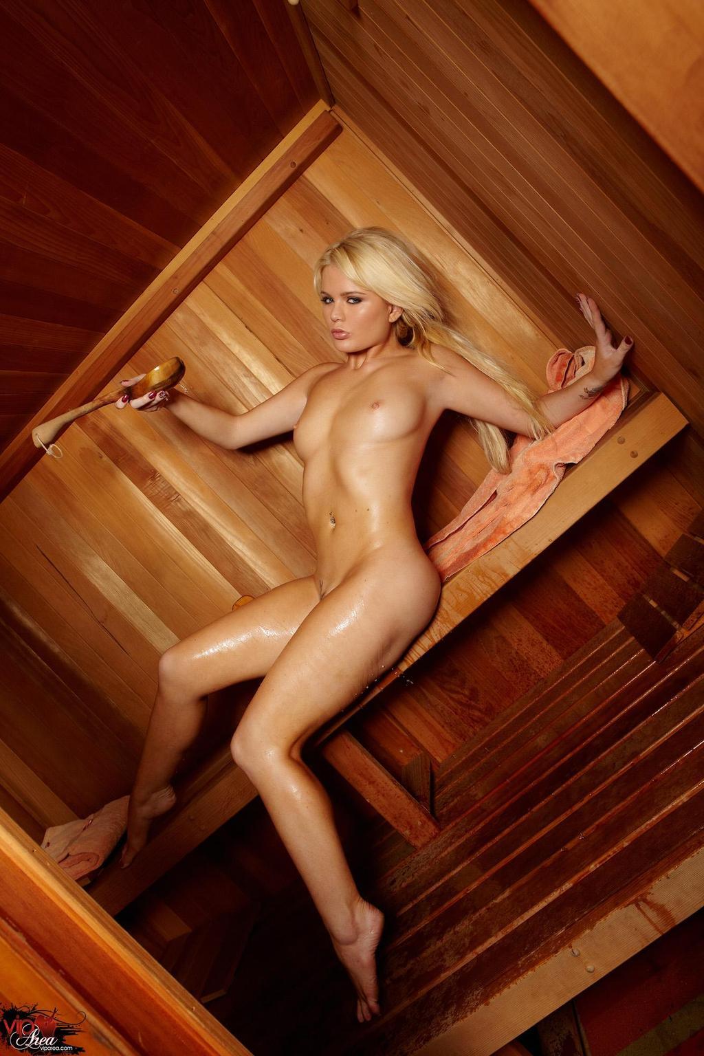 познакомились, блондинка в бане фото крупным планом парам