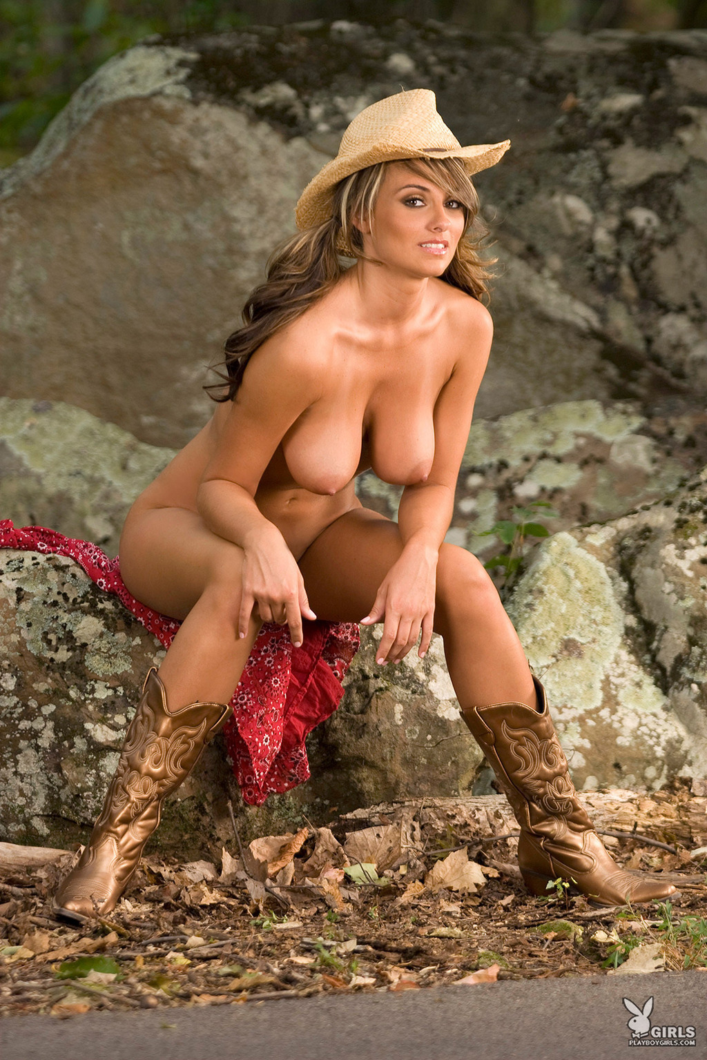 Country girl naked — pic 2